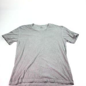 Rock & Republic Men's V-Neck T-Shirt Sz L K454